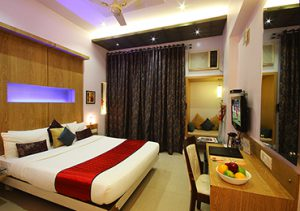 suite room in thane